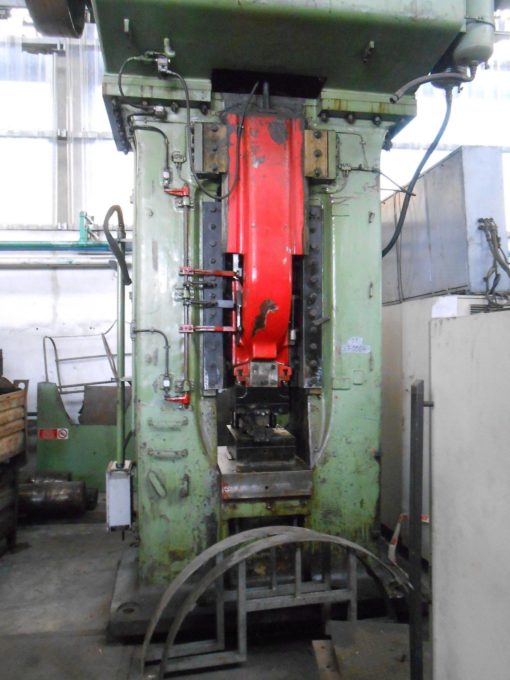 Vendita presse a como lavorazioni meccaniche forma for Vendita presse usate